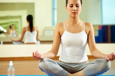 frau yoga uebung